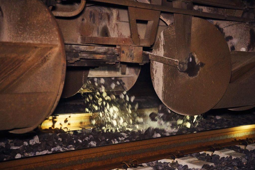 Ballast ferroviaire